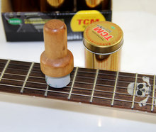 цена на TCM String Angel Guitar String Cleaner, Perfect for All Stringed Instruments Guitar String Brush