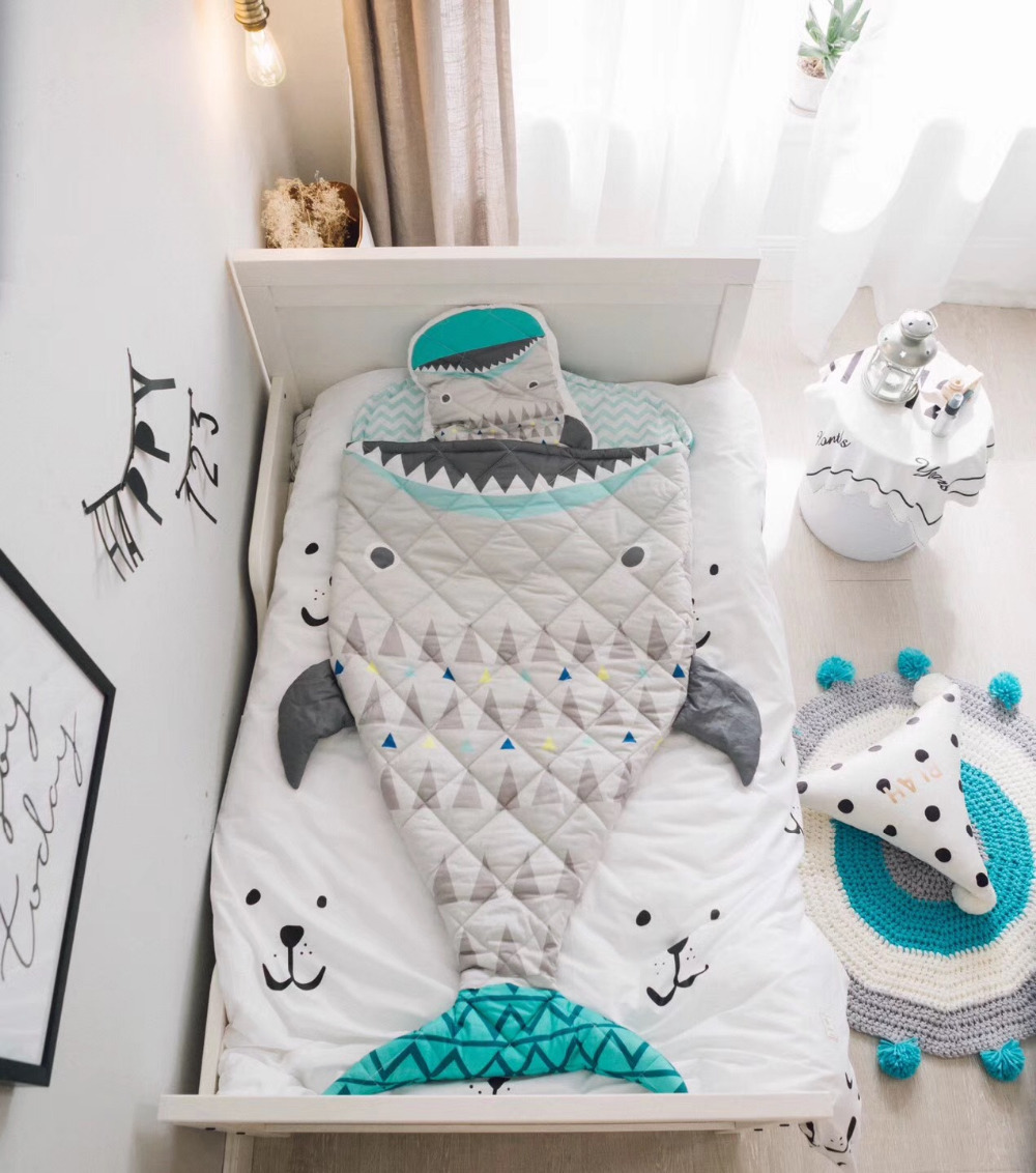 150cm Kids Sleeping Bag Mermaid Tail Shark Crocodile Astronaut Kids Blanket Baby Room Kids Bedding set Photography Props Blanket warmth flowers decor crocheted knitted mermaid tail shape blanket
