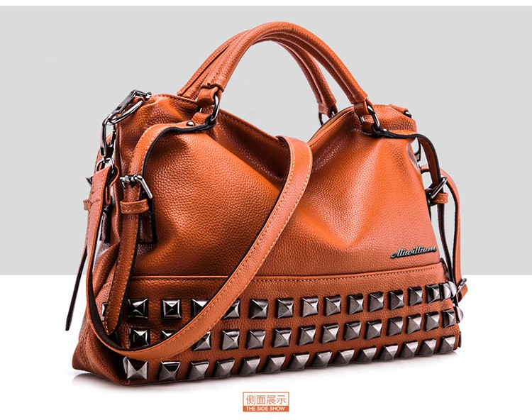 women shoulder bag leather