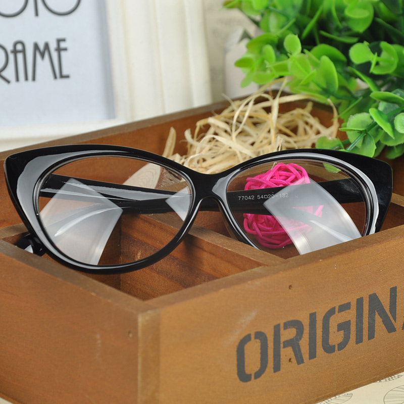 Fashion Choice Cat's Eye Glasses Frames Shape Plain Glass Spectacles Women Eyeglasses Frames Decorations Optical
