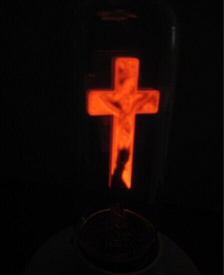 UPS DHL FEDEX 50 pcs gratuit rouge 3 W jésus flamme lumière AC110-130V