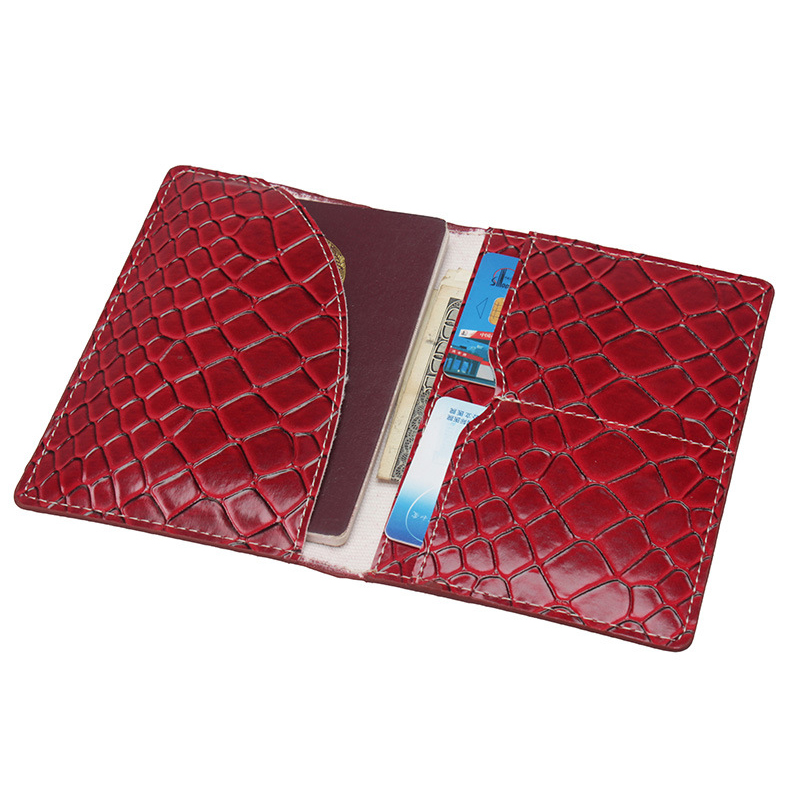 Serpentine Leather Passport Cover Women Credit Card ID Holders Bag Business Card Case Men Travel Passport Wallets