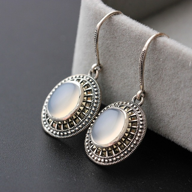 court jewelry wholesale 925 Sterling Silver Earrings with anti allergy Lady White chalcedony Vintage Silver Earrings