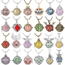 Hot Sale Aromatherapy Diffuser Necklace Jewelry Vintage Flower Perfume Essential Oil Locket Pendant with Pad