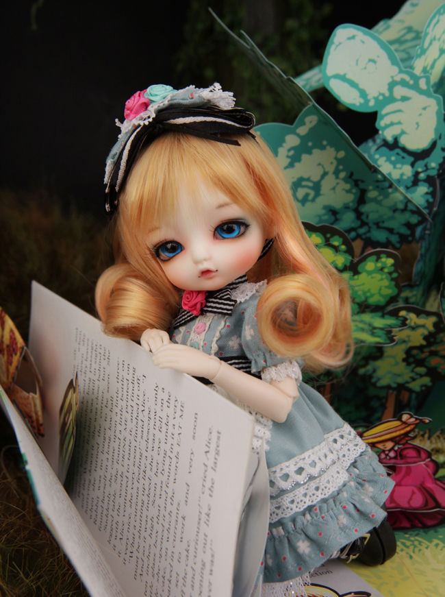 1/8 scale BJD about 15cm pop BJD/SD cute kid Tiny ALICE Resin figure doll DIY Model Toy gift.Not included Clothes,shoes,wig