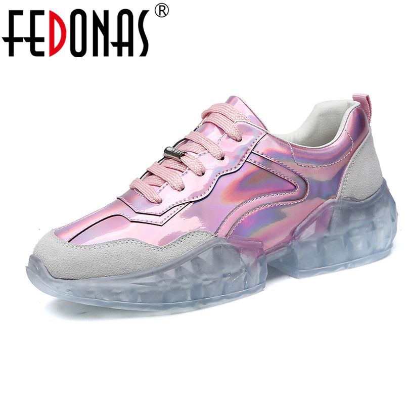 FEDONAS أزياء النساء رياضية جودة حقيقية أحذية من الجلد الربيع الصيف عارضة أحذية العمل امرأة الأساسية موجزة أحذية رياضية-في أحذية نسائية مسطحة من أحذية على  مجموعة 1