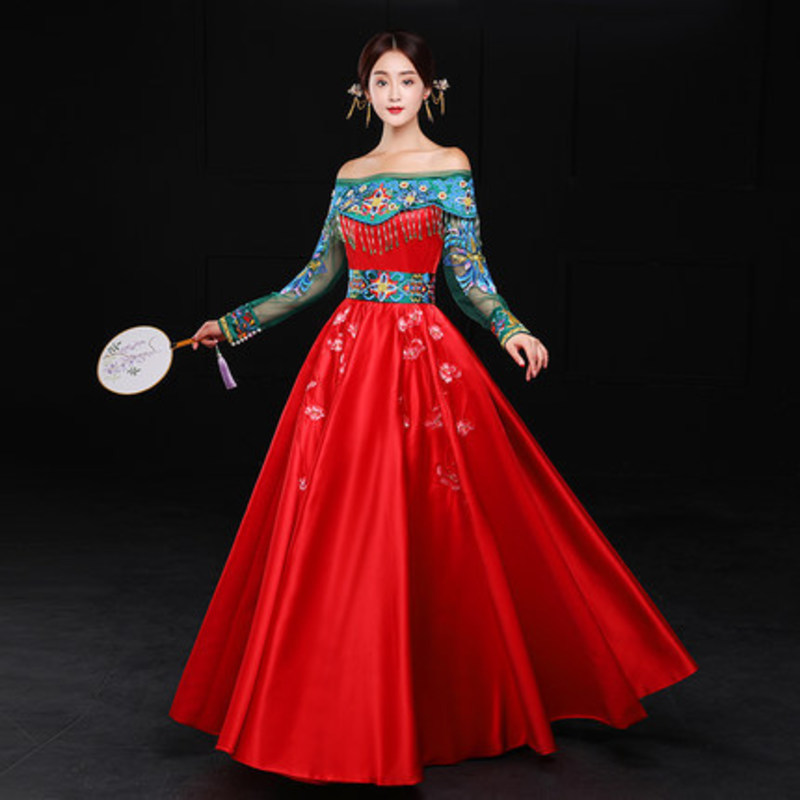 Chinese Traditional Wedding Dress Cheongsam Red Flower Qipao Oriental Style Dresses Pregnant Women Cheongsams Embroidery Qi Pao