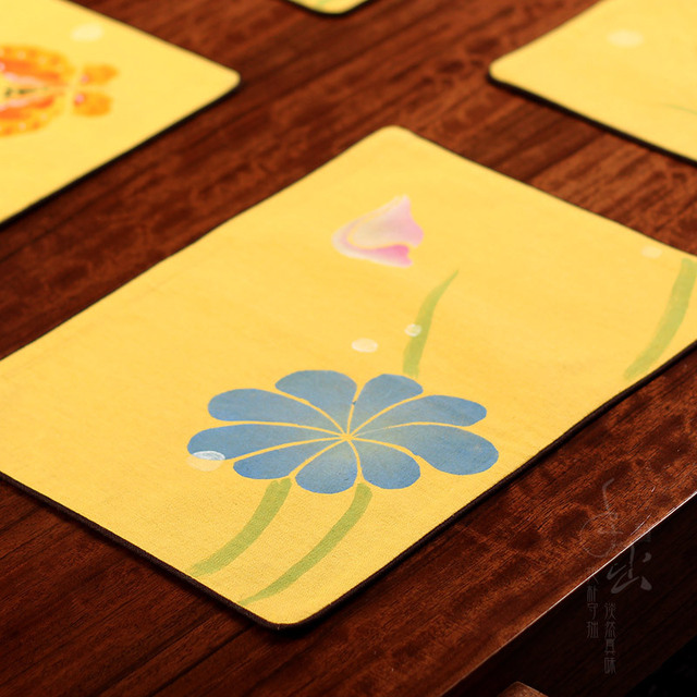 Hand Painted Butterflies Out Of Mianzhu Chinese Cloth Insulation Mat Table  Mats Linen Doily Coasters