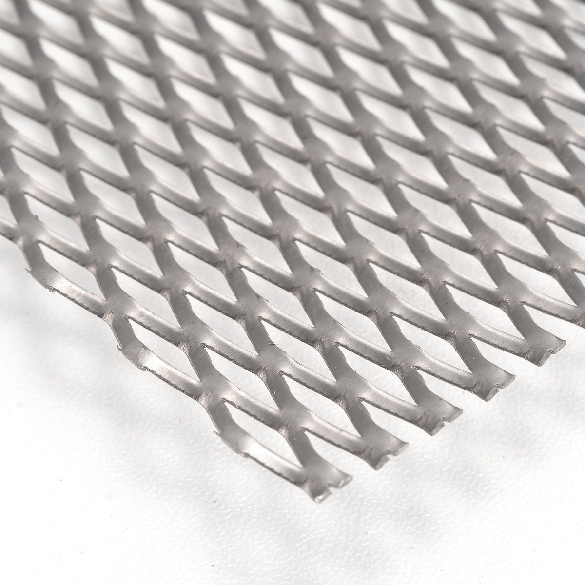 Corrosion Resistance Titanium Mesh 200mm*300mm*0.5mm Durable Metal Titanium Sheet Perforated Plate Expanded