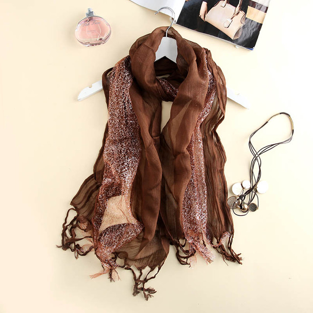 Châles et Foulards pour femmes hiver noir écharpe rayé mode floulard hijab  charpes Dames Foulards marque 014f55b686e