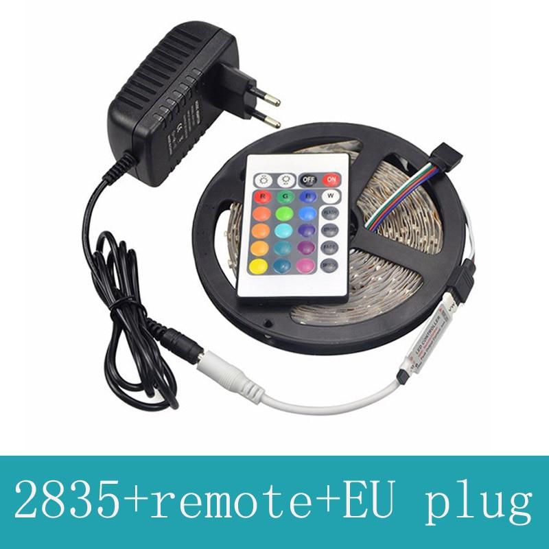 RGB vadītais sloksnes 2835 elastīgs sloksnes gaismas ūdens necaurlaidīgs 5M 300led + 24key infrasarkanais tālvadības pults + DC12V 2A strāvas adapteris EU Plug