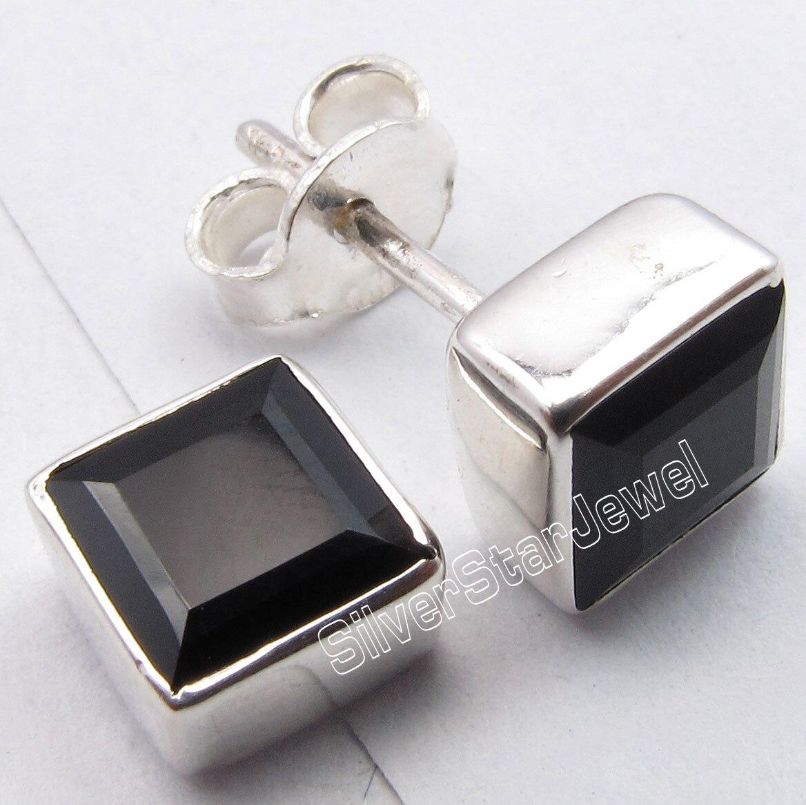 7dbf2ce1b41c Chanti plata internacional genuino negro Onyx Square gemset agradable  espárragos Pendientes 0.7 cm