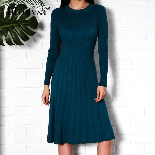 Для женщин вязаные платья осень 2018 Модные Новое поступление с Длинным Рукавом Плиссированное Платье миди Для женщин Повседневное Платья-свитеры черный, белый цвет синий