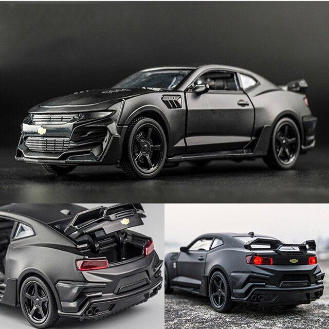 Chevrolet Camaro Diecast 1:32 Car Model Die Cast With Sound & Light Effect