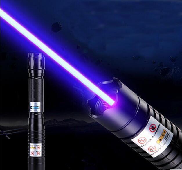 Haute puissance pointeur laser bleu 5000000 m 450nm lampe de Poche Combustion correspondance/papier/bois sec/bougie/noir/Brûler cigarettes + 5 caps