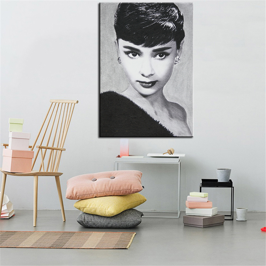FINEART COLLECTION Audrey Hepburn Wall Painting For Home