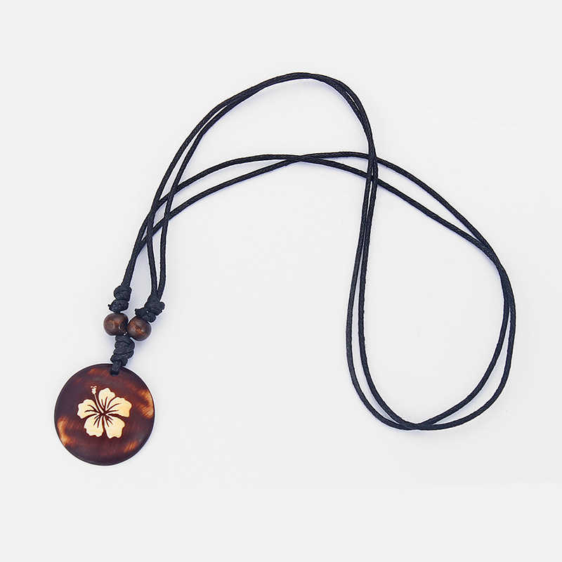 1 個ブラウンフェイク吐く骨彫刻亀/カメ/ハイビスカスの花/ヤモリチャームペンダントネックレスジュエリー