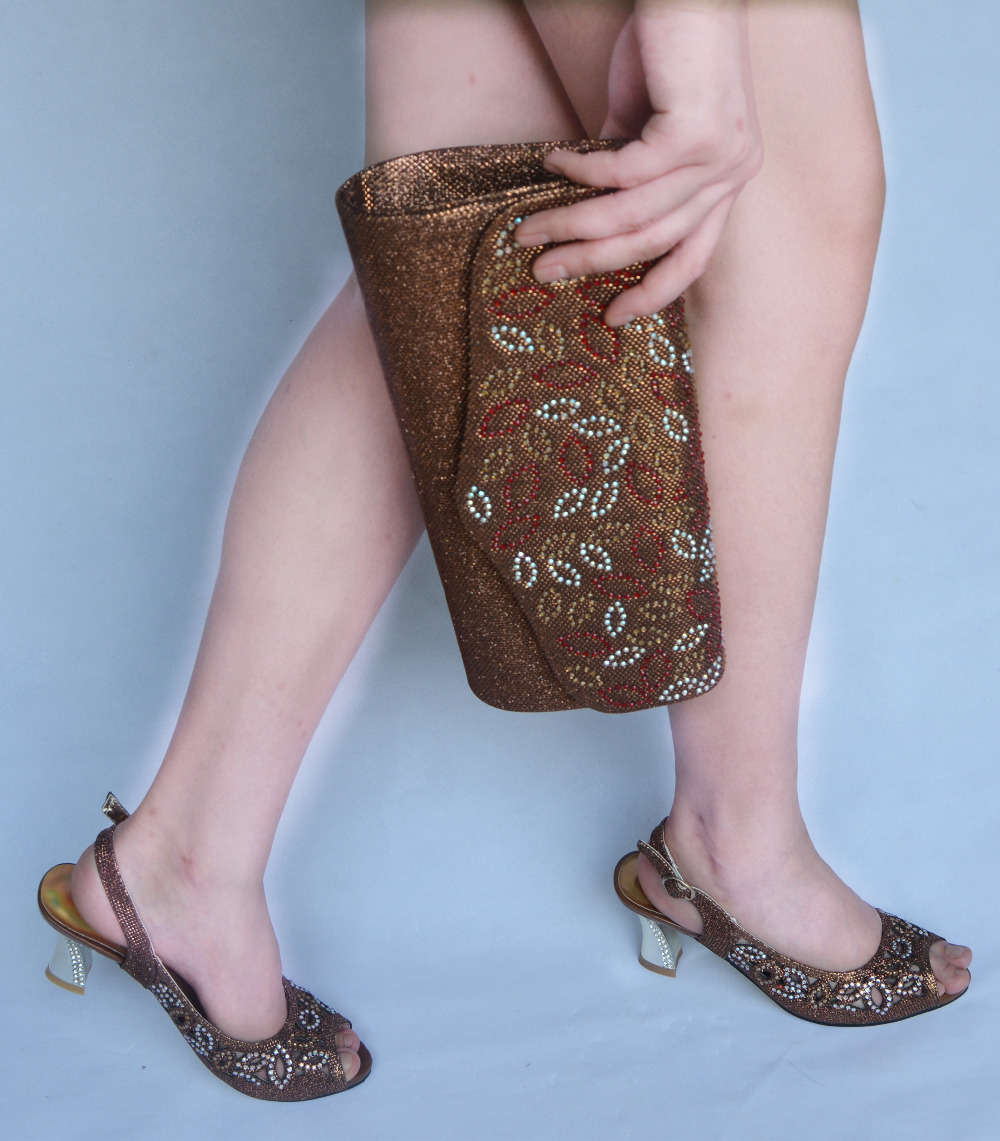 Online kopen Wholesale bruin peep toe slingbacks uit China bruin ...