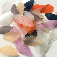 550pcs 31*18mm Acrylic Leaf Petal Beads With Hole For  Sewing Hair Peice Tiaras Jewelry Scrapbooking Craft DIY