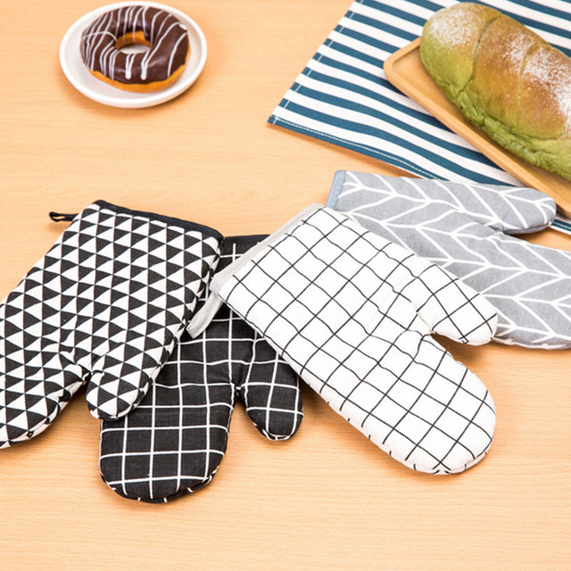 Kitchen Anti-Slip Heatproof Gloves
