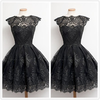 Knee Length Cocktail Dresses Vintage Black White Lace Vestido Coctel Short Graduation Party Gown Women Cap Sleeve Robe Cocktail
