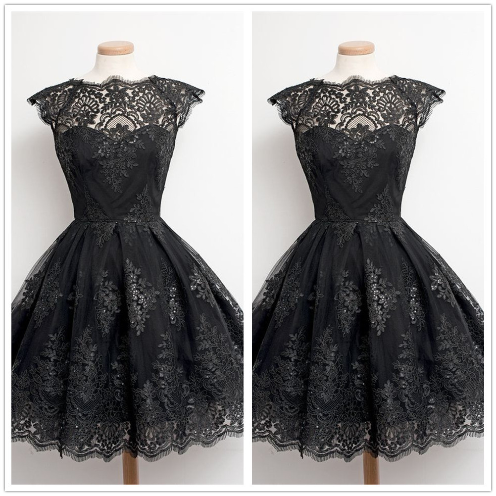 Knee-Length   Cocktail     Dresses   Vintage Black White Lace Vestido Coctel Short Graduation Party Gown Women Cap Sleeve Robe   Cocktail