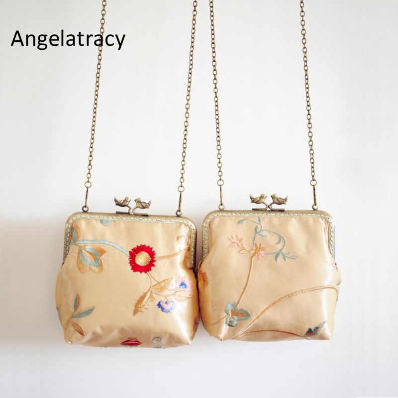 Angelatracy Handmade Silk Handbag Floral Embroidery Chains Bag Metal Frame Purse Flower Kisslock Clutch Bag Golden Vintage Bird
