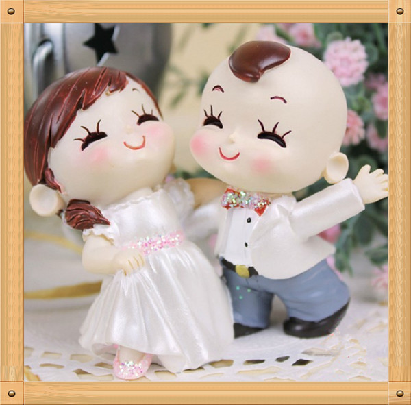 resin dolls gifts for newly married couple