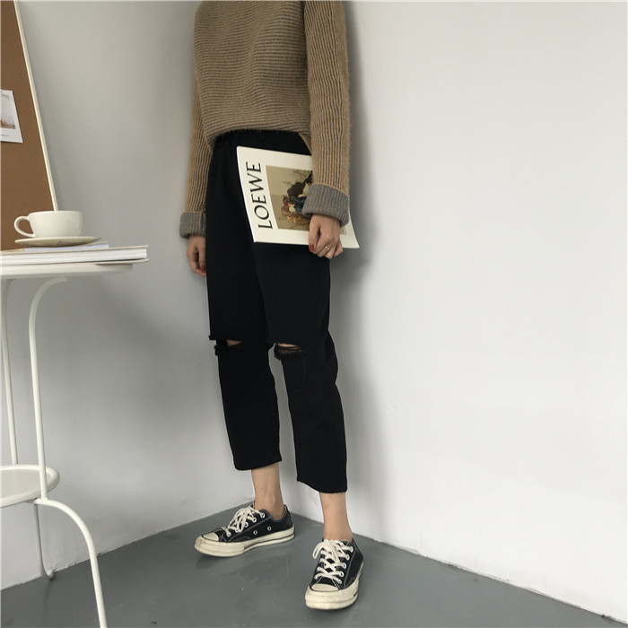 18 Summer Style Black White Hole Ripped Jeans Women Straight Denim High Waist Pants Capris Female Casual Loose Jeans 17