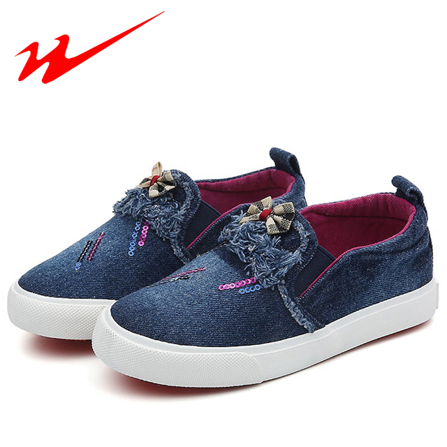 ESTRELA DUPLA Pouco Sapatas Do Miúdo Bonito Crianças Bownot Sapatos Ao Ar Livre Sapato andando Azul Escuro Denim Grande Menina Sapatos Baixos Criança Sneakers