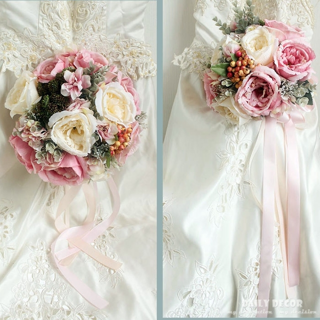 2018 New Vintage Artificial Wedding Bouquet For Brides Bridesmaids Pink White Peony Rose Berry Fake