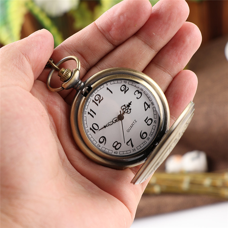 Cindiry Brand Vintage Bronze Doctor Quartz Pocket Watch Fashion Who Style  Best Gift Necklac Pendant Steampunk