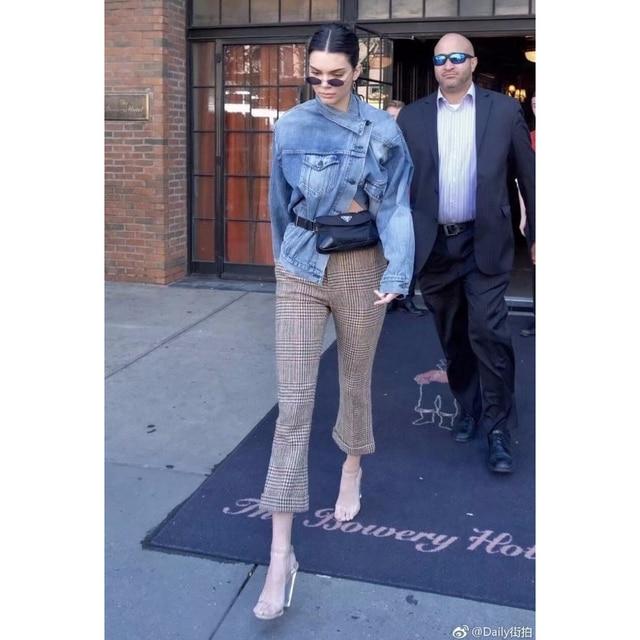 2018 Spring Kendall Jenner Streetwear Fashion Jeans Jacket Oblique Buckle Irregular Design Washed Denim Jacket Coat Female