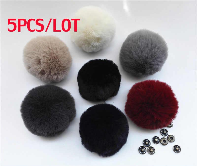 5 pçs/lote Bolas De Pêlo Para Chapéus De Malha Verdadeira Pele De Guaxinim Pom Pom Para Gorros Caps Chaveiro Sacos de Roupas De Pele acessórios
