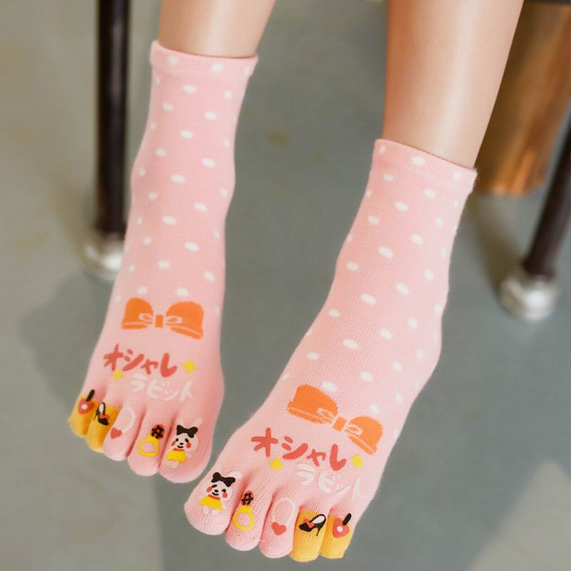 2018 Fashion Brand Women Socks Colorful rabbit Cute Socks Cotton Breathable Casual Five Finger Toe Socks (3Pairs/lot)