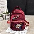 2017 mochilas de terciopelo de oro para las mujeres de moda étnica floral bordado pájaro back pack bolsas de viaje de la vendimia pequeña mochila