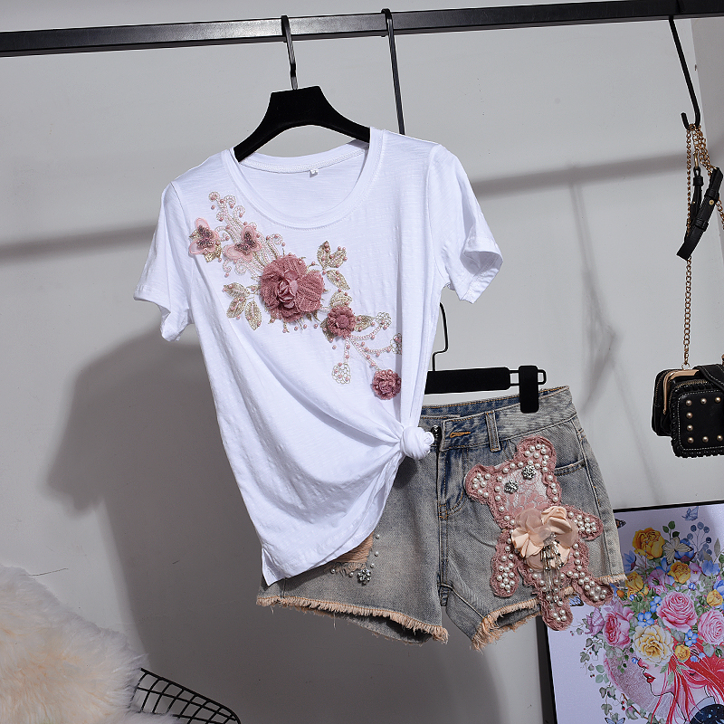 Denim Shorts Pants Suits Summer 2019 Woman Newv Flowers Embroidered with Sequins Short Sleeved T shirt