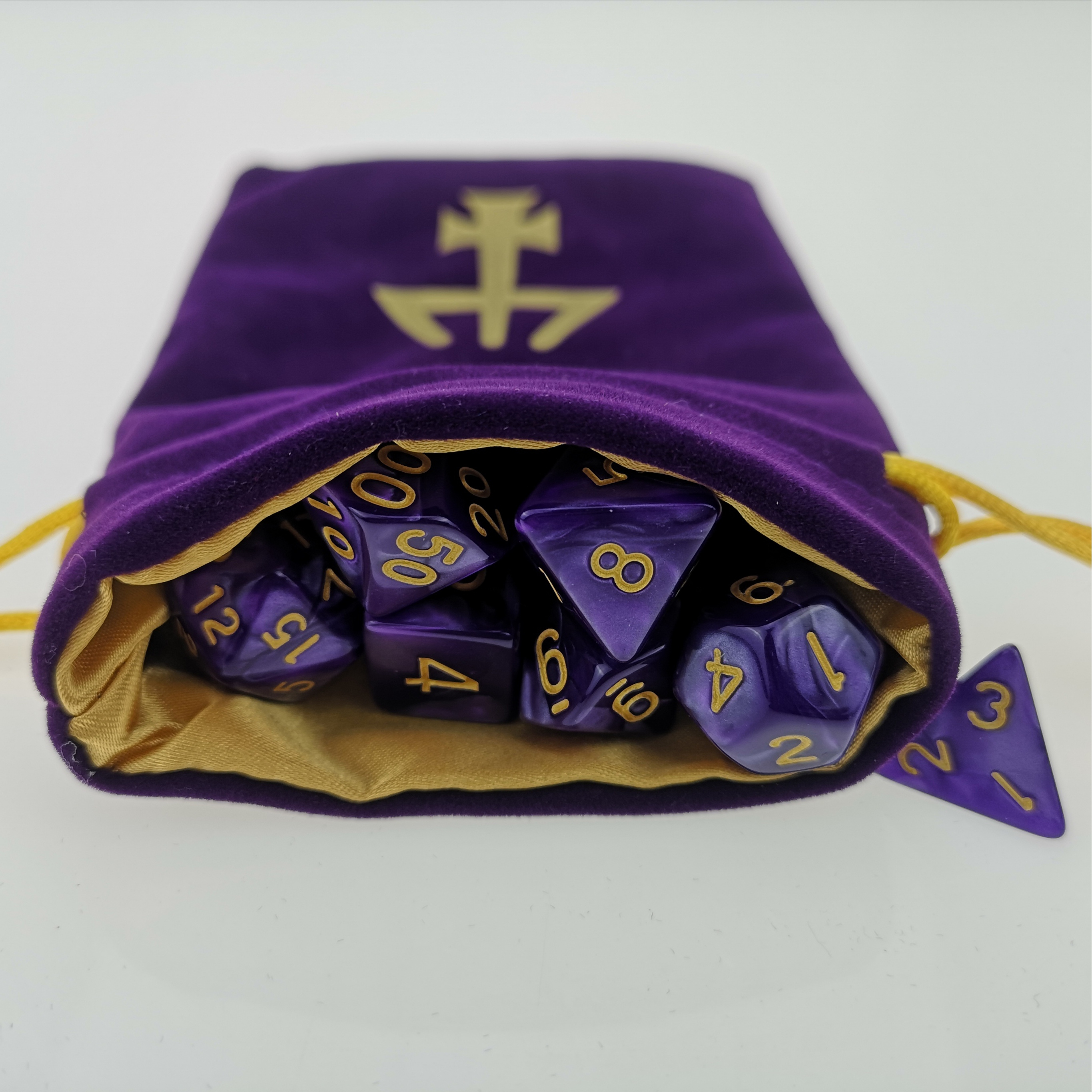 Rollooo Pearlized Purple or Black Dice with Matching Customized Logo DND Bag for RPG Game image