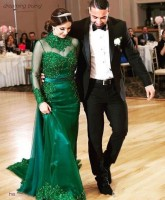 2019 Saudi Arabian Emerald Green Long Sleeve Evening Dress High Neck Appliques Dubai Ladies Formal Gown Long Vestidos Prom Dress