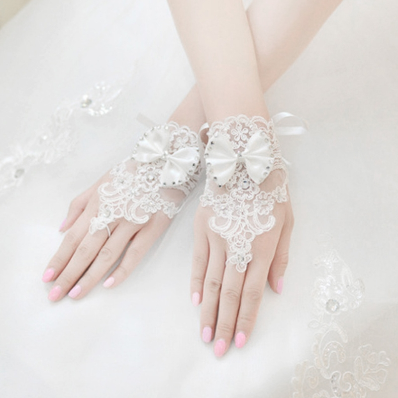 Hollow Band Fingerless Bride Gloves Lace Crystal Women A Dream Wedding Accessories White Bowknot