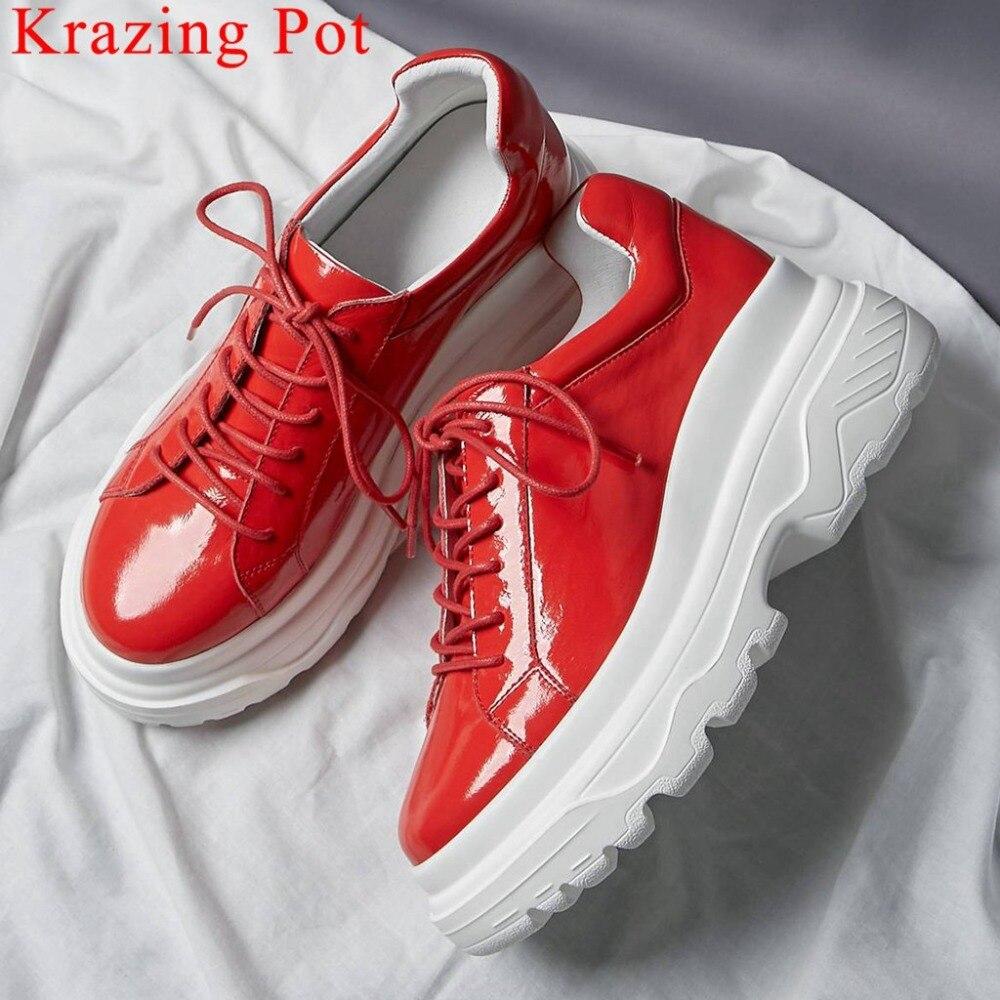 Krazing Pot fait à la main en cuir véritable fond épais plate-forme bout rond baskets belles filles à lacets quotidien chaussures vulcanisées L10
