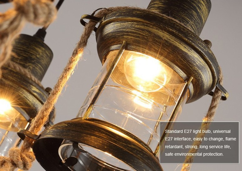 Lampadario Antico In Legno : Coppia di lampadari a dodici luci in legno e metallo dorato con