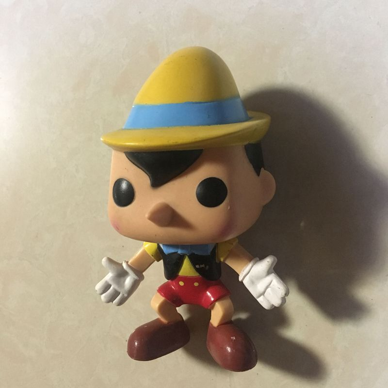 Original Secondhand imperfect Funko pop Pinocchio Vinyl Action Figure Collectible Model Loose Toy Cheap No box funko pop marvel batman 84 pvc action figure collectible model toy 12cm kt2370