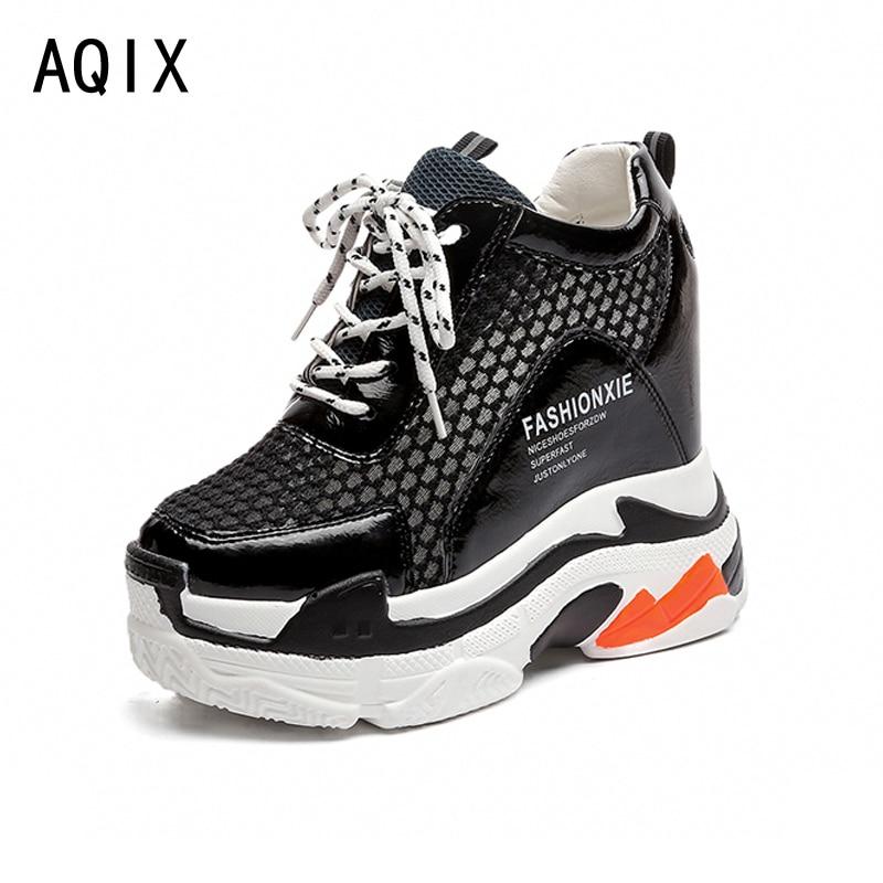 Модная женская повседневная обувь Для женщин обувь увеличивает Для женщин обувь сетевой кондиционер Клин самолет обувь черный, белый цвет ...