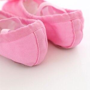 Image 2 - Танцевальная обувь для девочек; мягкие парусиновые балетки для девочек; детские танцевальные носки высокого качества; балетки