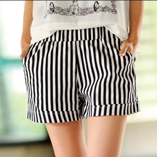 2017 New Fashion Summer Cotton White Black Striped Shorts Female Casual Elastic Waist Pocket Hot Short Plus Size 3XL C164