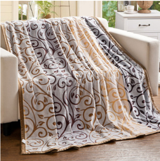 New High Quality Thick Winter Blanket Modern Fashion Super Soft Simple Softest Throw Blanket Ever