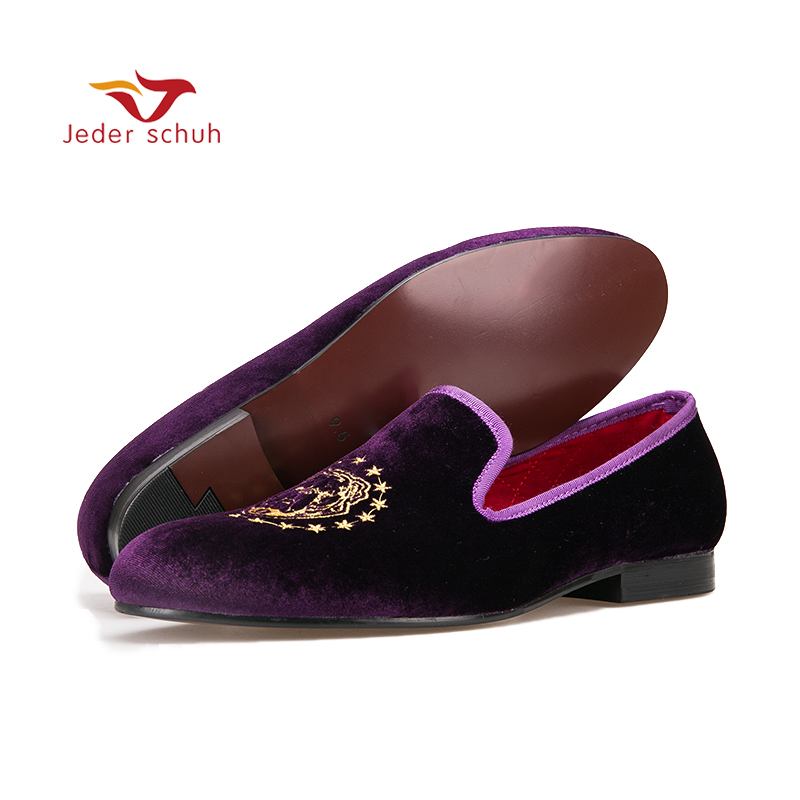 new loafers Purple color velvet men handmade loafers with delicate embroidery Fashion party and banquet men's flats