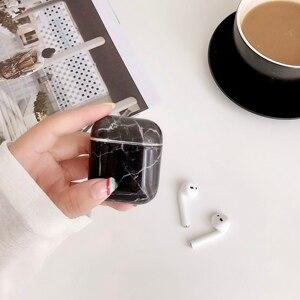 Image 5 - אוזניות מקרה עבור Airpods 2 מקרה יוקרה השיש קשה PC מגן אוזניות כיסוי טעינת תיבת עבור אפל Airpods תיק אבזרים