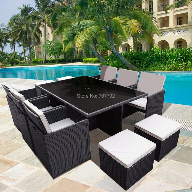 2017 Hot Sale Design Garden Outdoor Tables And Chairs